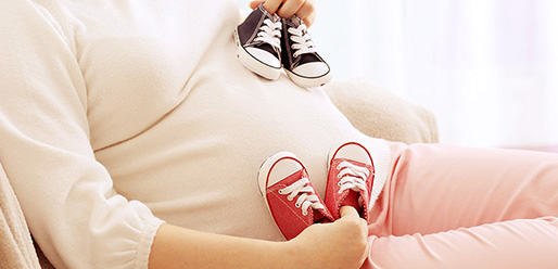 7-Symptoms-That-Mean-You-Could-Be-Pregnant-With-Twins